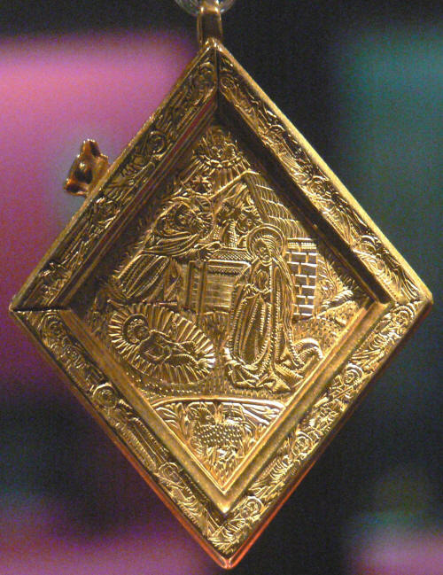 The Back of the middleham jewel